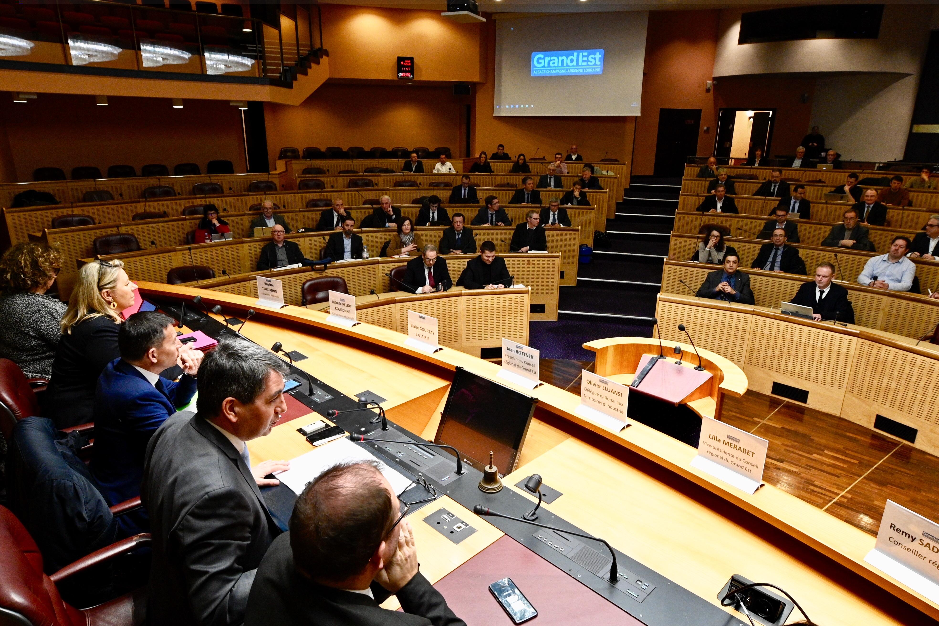Politique – La Région Grand Est attribue 241,5 millions d'euros d'aides