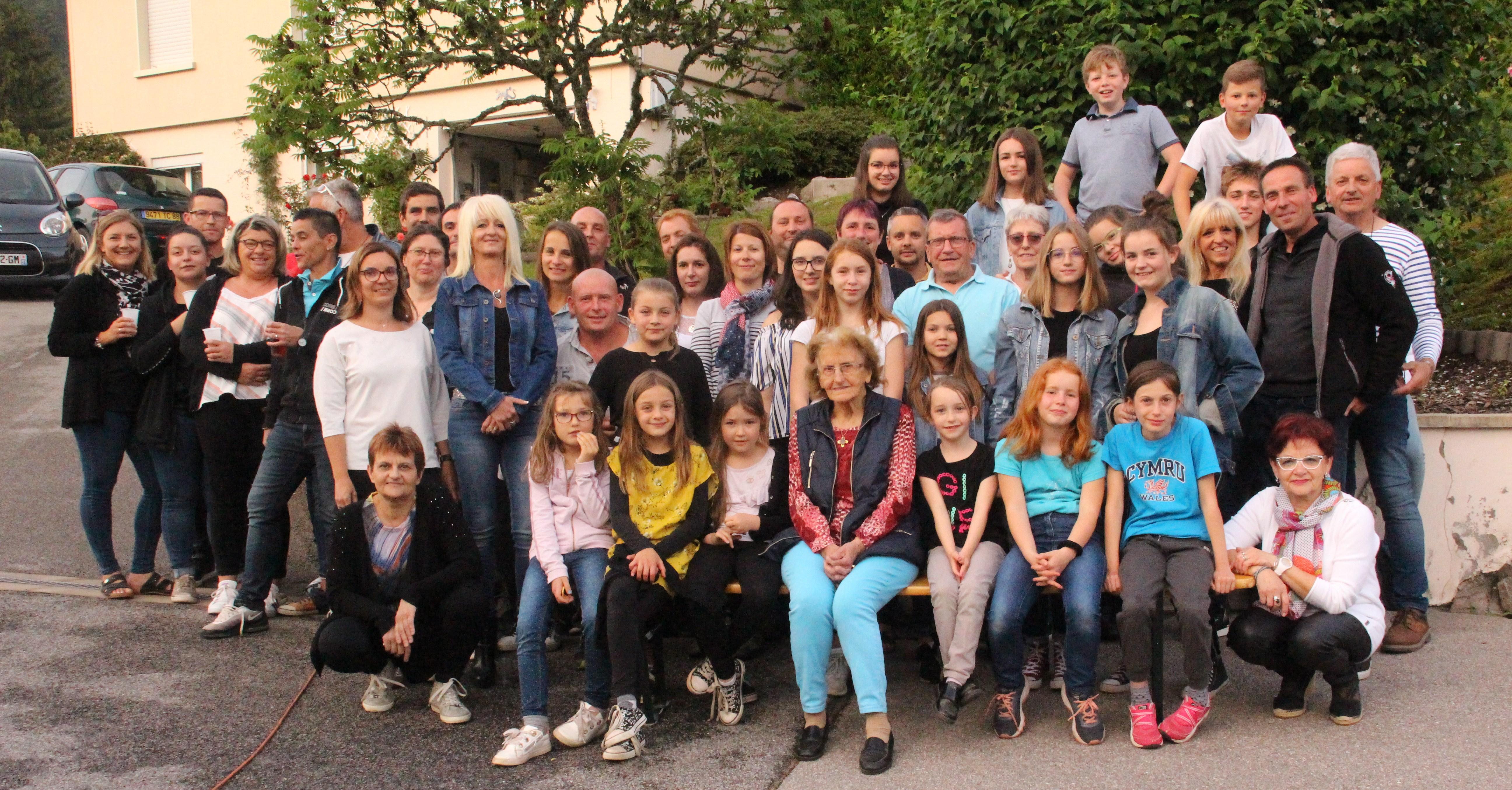 Thiéfosse – Ils étaient 50 à la fête des voisins du lotissement de Fourrière-Colotte