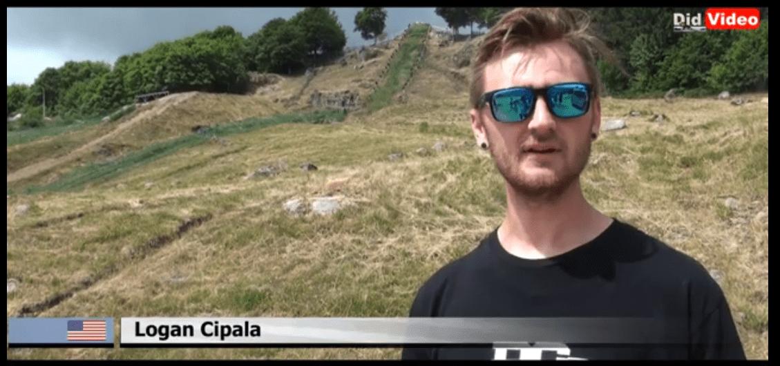 La Bresse – L'Américain Logan Cipala a testé la pente de la montée impossible