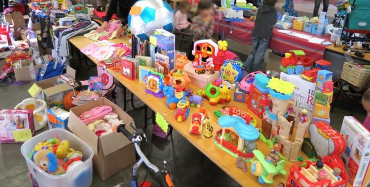 Rochesson – Bourse aux jouets, livres, vêtements, puériculture samedi 16 novembre 2019