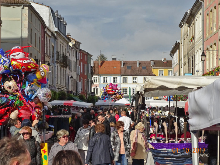 Remiremont – Une réglementation stricte pour la braderie, dimanche 4 octobre!
