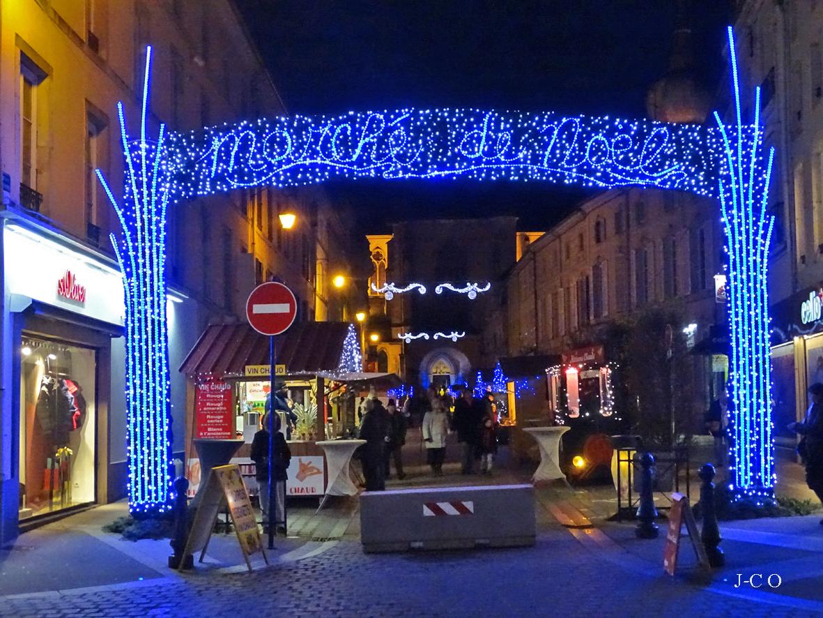 Remiremont – C'est parti pour le 26e village de Noël