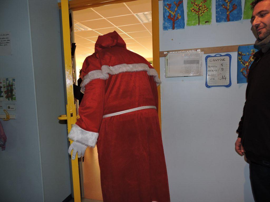 Remiremont – Le Père Noël visitera toutes les écoles sauf cellle du Rhumont