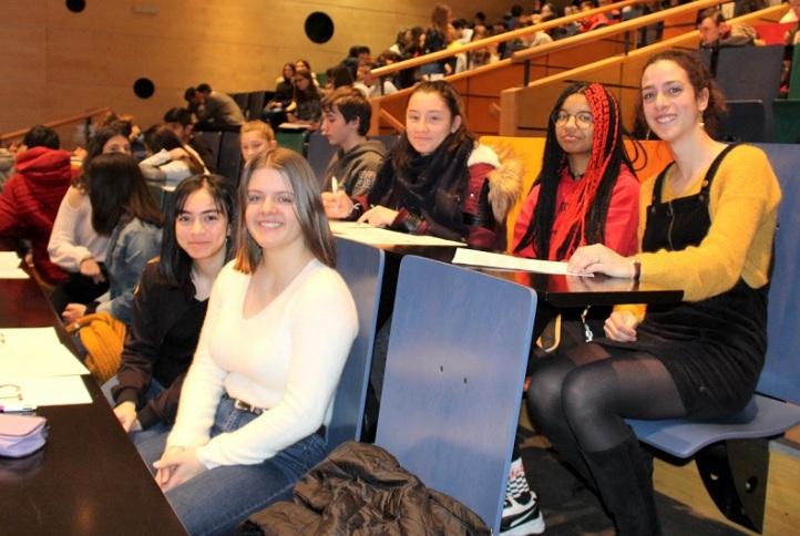 JCB N°967 – Une équipe de collégiens-lycéens aux côtés de Gwenola Labro, professeur d'Allemand