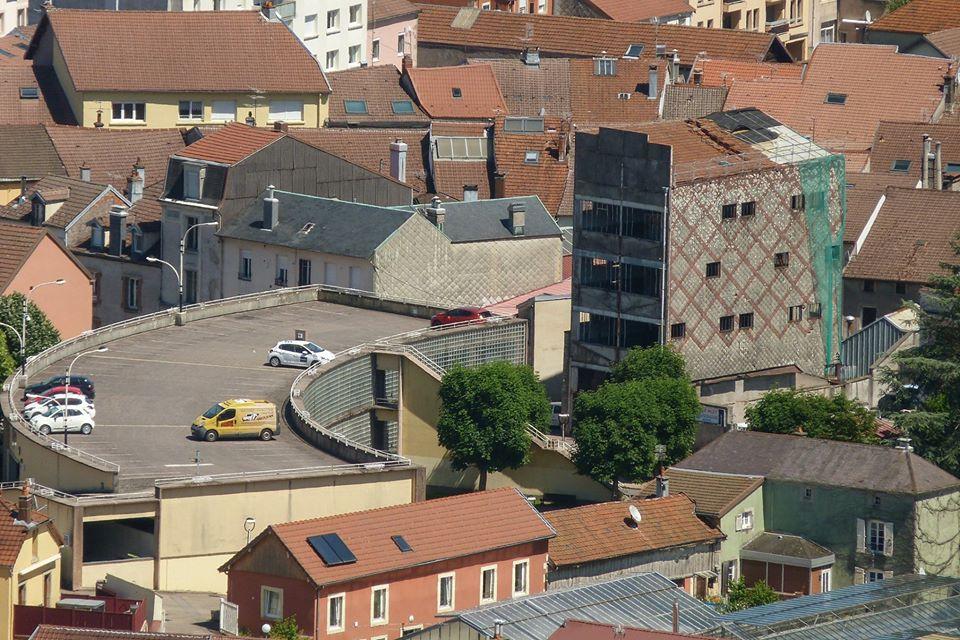 Remiremont – Le centre-ville vu depuis les hauteurs