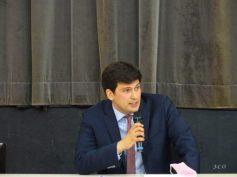Jean Hingray, candidat à la présidence.