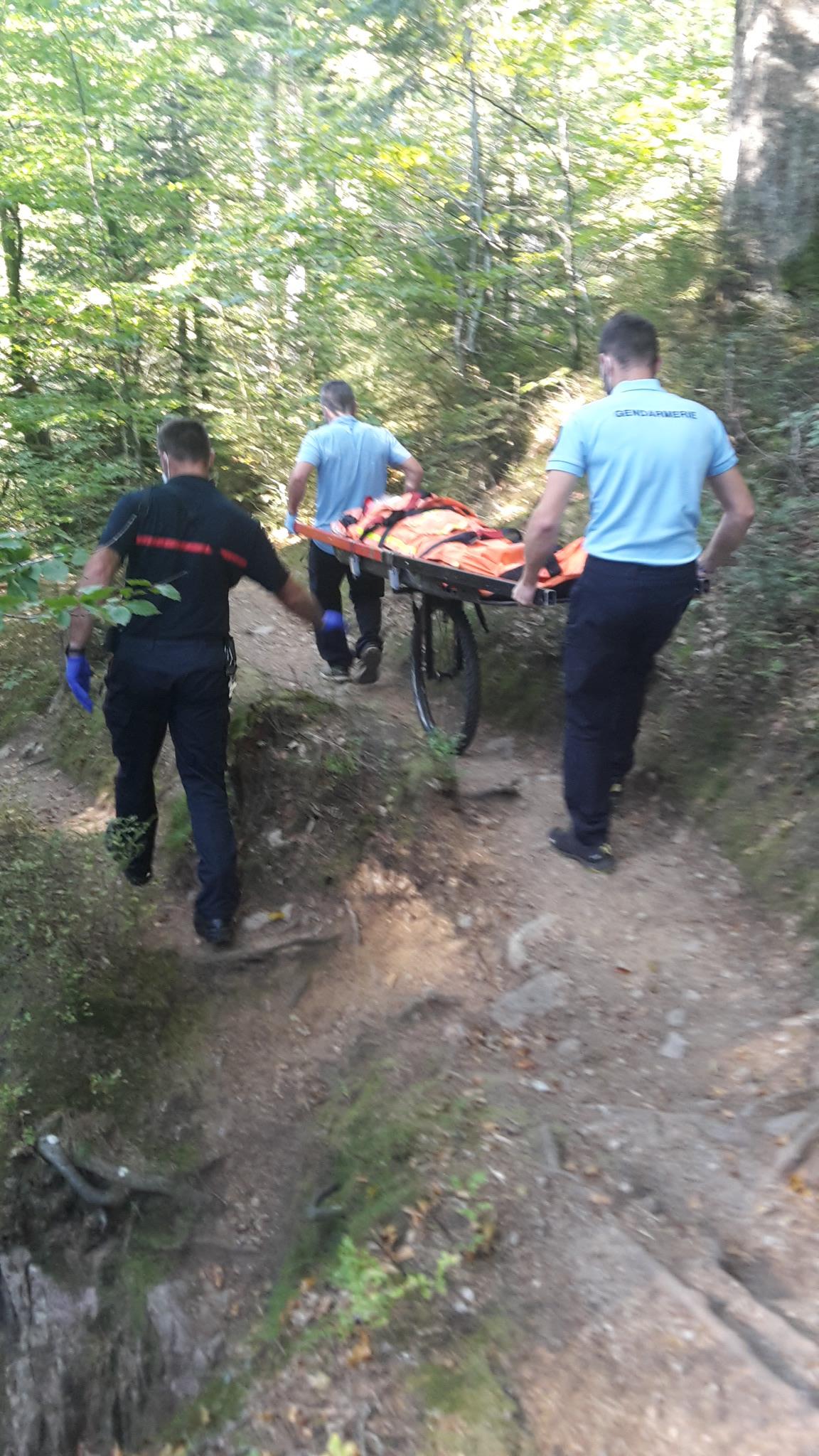 Xonrupt-Longemer – Une randonneuse secourue au lac de Retournemer