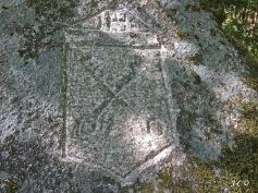 Gravure sur Granit St Arnould (1)
